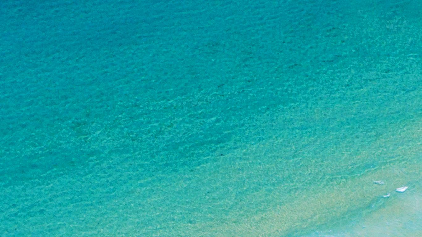 Beach Wallpaper For Phone With Blue Wave In Close Up Hd