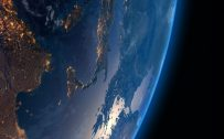 Wallpapers of Earth for Mobile Phones with 5-inch Screen